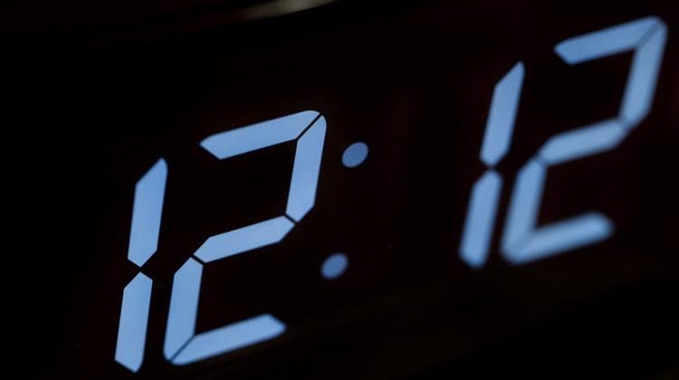 гадание по часам одинаковые цифры на часах
