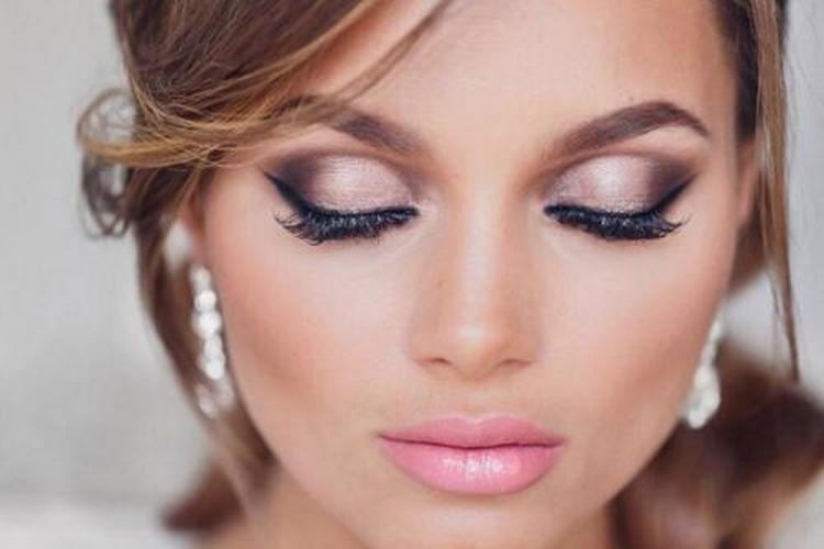 Пример красивого макияжа глаз.