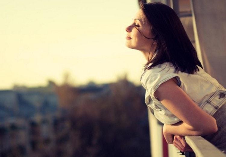 Если задумались о том, как вернуть бывшего мужа, стоит четко понять: упрекать его в ошибках прошлого нельзя.