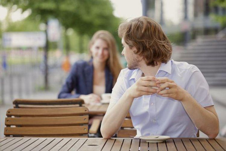 Мужчина Весы очень долго взвешивает за и против, перспективы ваших отношений, а вам может казаться, что он безразличен.