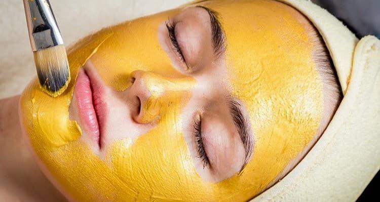 Желтый пилинг лица можно сделать как в салоне, так и в домашних условиях.