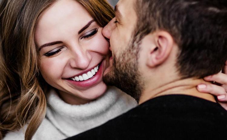 Рожденный в год Крысы мужчина тщательно будет выбирать возлюбленную, но если уж полюбит, то будет очень ее ценить.
