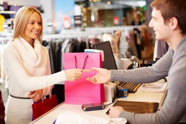 Если ваши желания касаются торговли, очень важно быть предельно вежливыми с покупателями.
