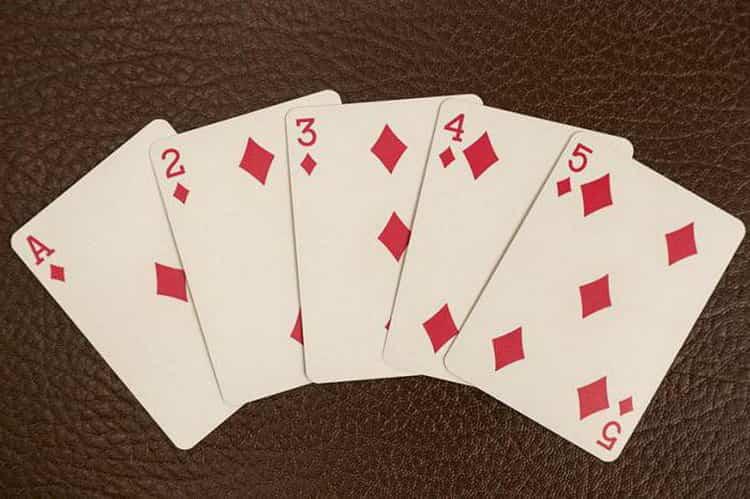 гадание на картах игральных на будущее расклад