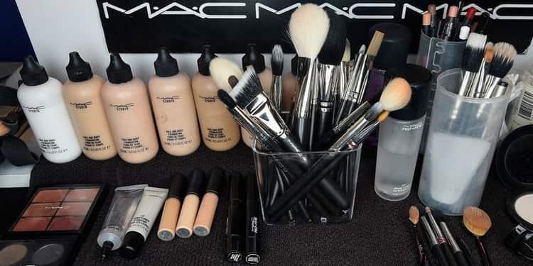 Что нужно для профессионального макияжа