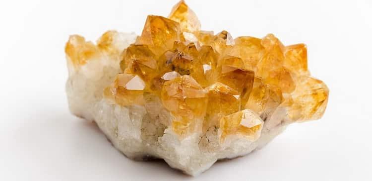 камень цитрин фото свойства и значение