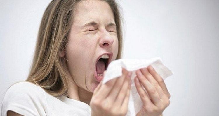 Приметы про чихание отличаются по дням недели и по часам.