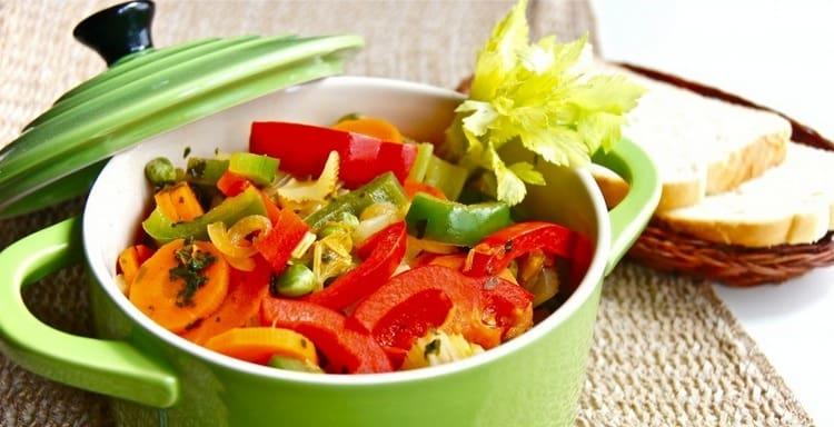 на второй день едят только овощи.