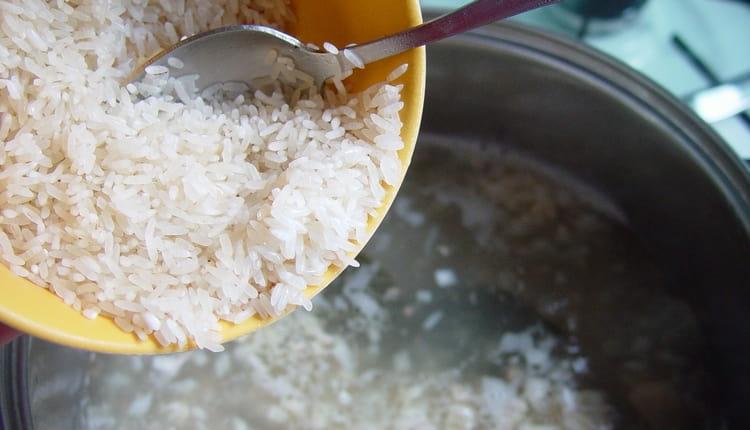 Главный продукт диеты при синдроме раздраженного кишечника с диареей это белый рис.