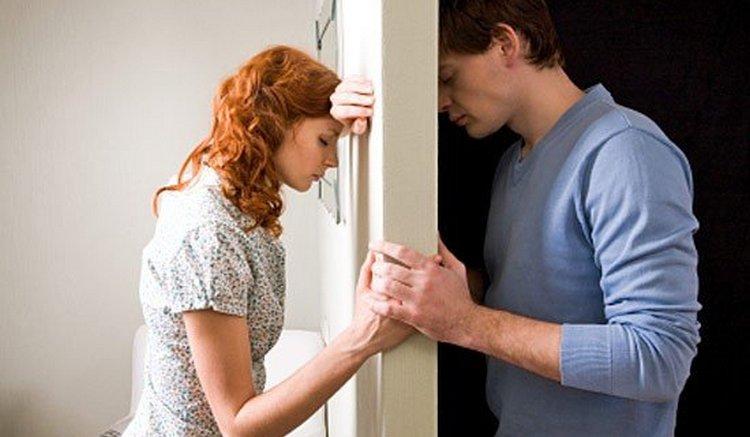 Возможные ссоры с нынешним партнером это причина, почему может сниться бывший муж.