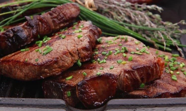 Может даже присниться, что вы готовите мясо лося.