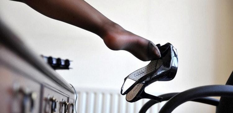 Узнайте, что по соннику означает потерять обувь.