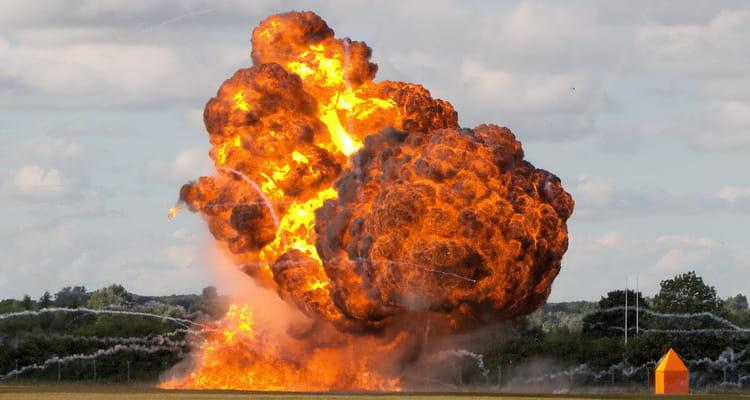 к чему снится взрыв и огонь