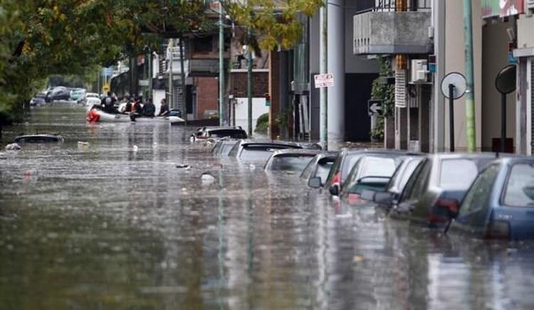 Узнайте, к чему снится потоп в городе.