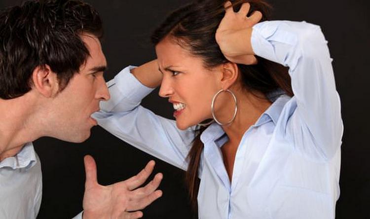 Узнайте, к чему снится ссора с любимым человеком.