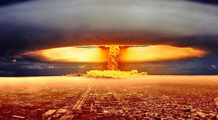 Узнайте, к чему снится ядерный взрыв.