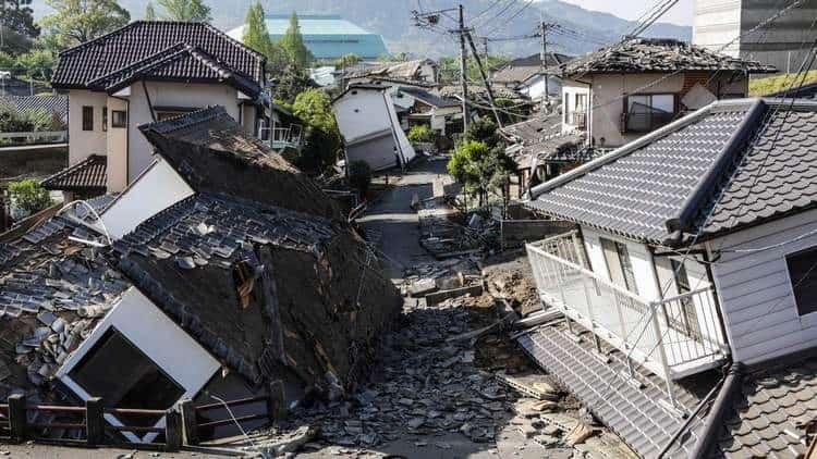 Если приснилось землетрясение, толковать его можно по-разному.