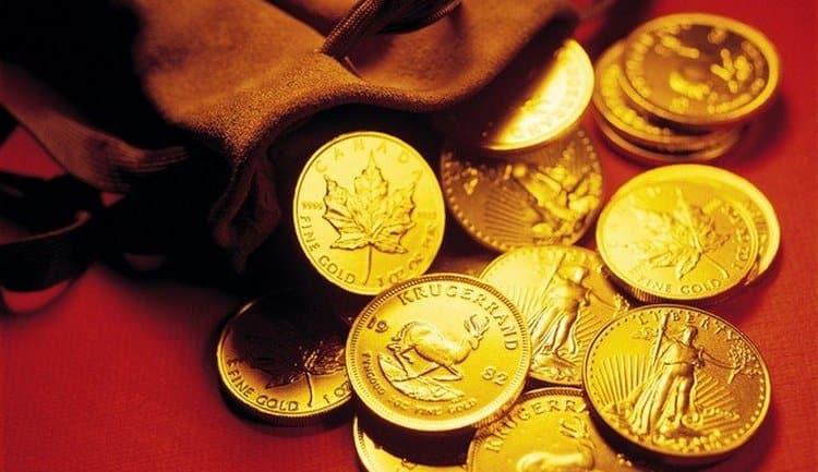 Узнайте, к чему снятся деньги монетами.