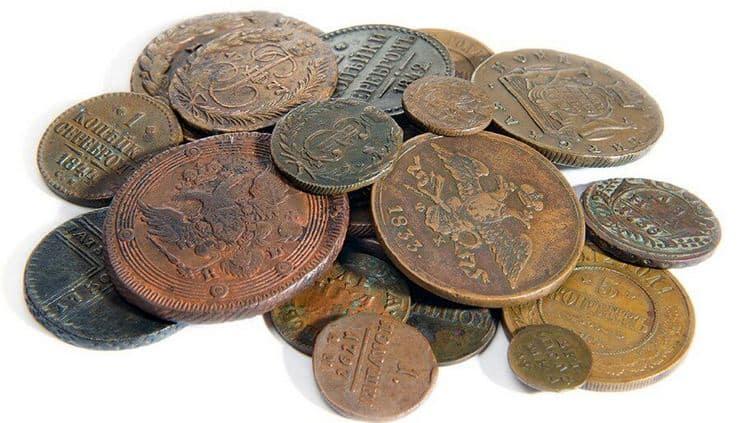 Узнайте, к чему снятся железные и медные деньги.
