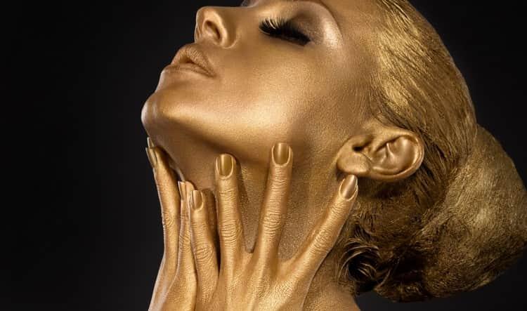если во сне от золота вы ощущаете себя богатым, это может говорить о приближающейся болезни.