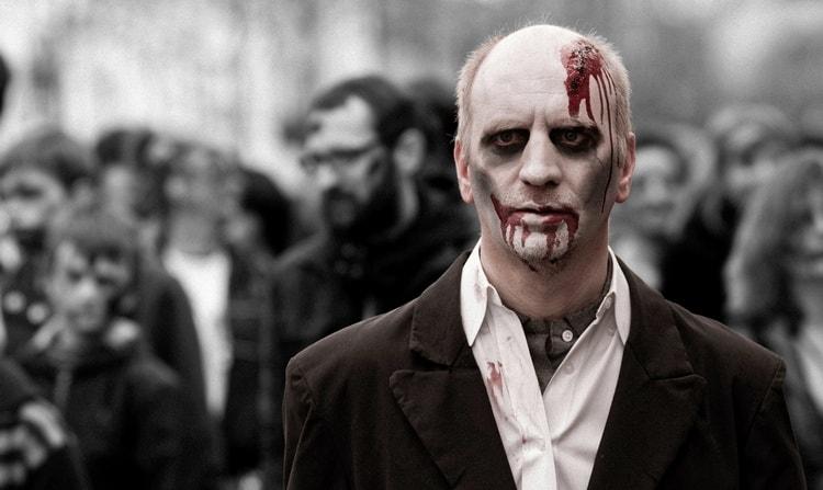 Если приснились зомби, важно обратить внимание на детали сновидения.