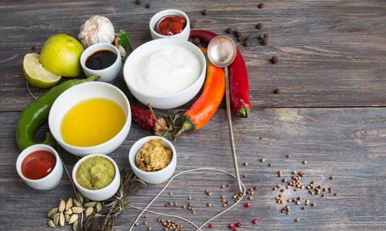 Чтобы результаты питьевой диеты вас порадовали, нужно отказаться от этих продуктов.