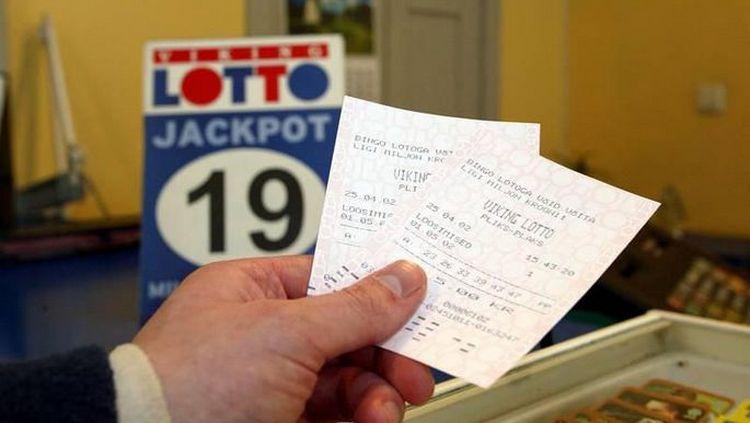 Это действенный заговор на большой выигрыш в лотерее.