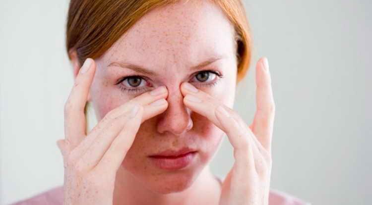 почему чешется нос приметы