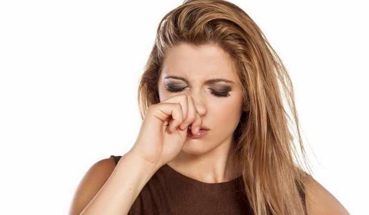 к чему чешется переносица носа приметы