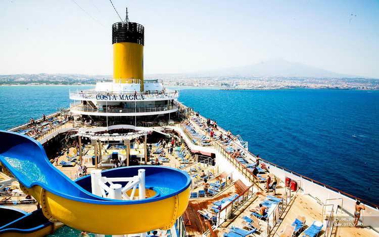 к чему снится плыть на корабле