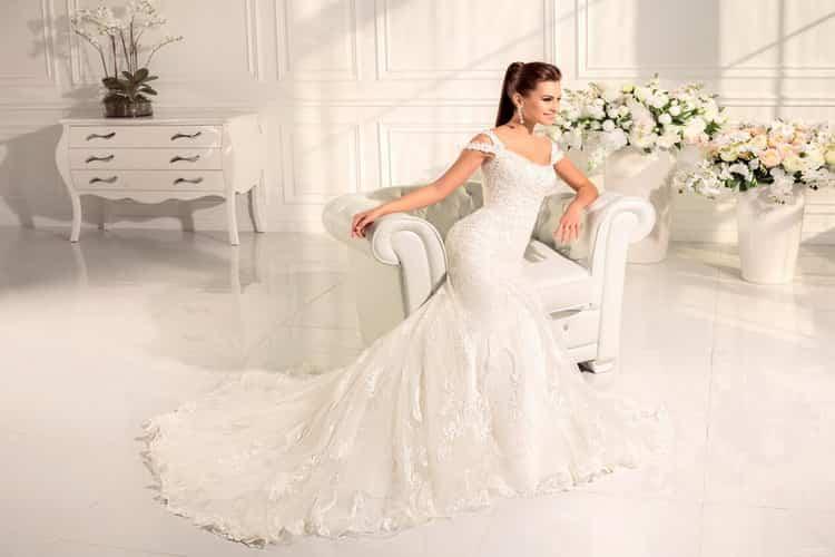К чему снится свадебное платье: сонник