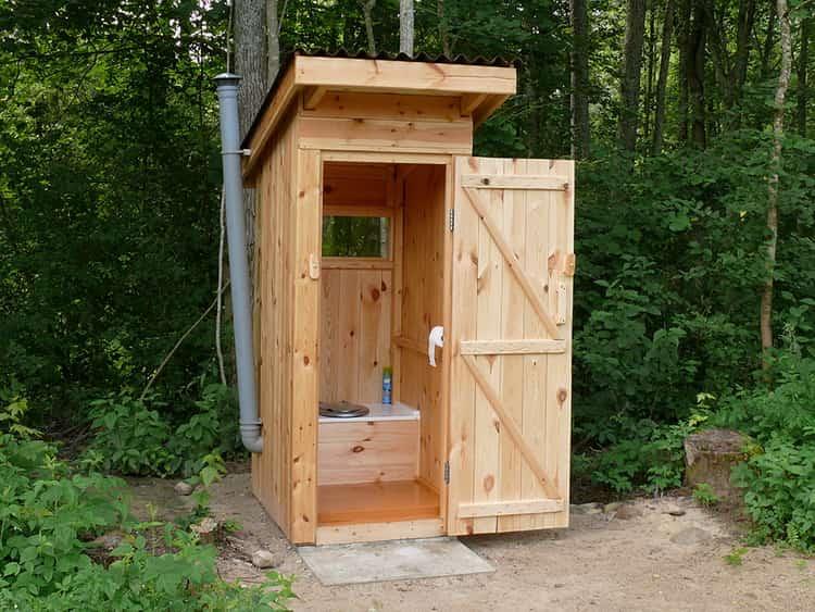 к чему снится туалет общественный и грязный