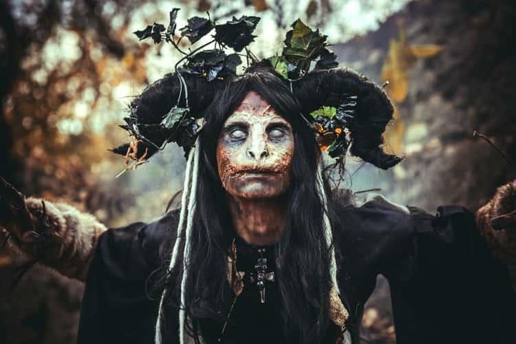 к чему снится ведьма во сне мужчине