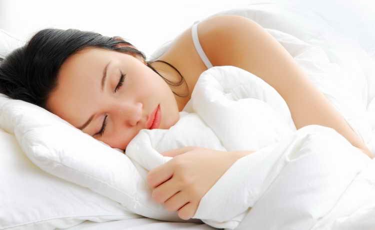 к чему снятся месячные во сне женщине