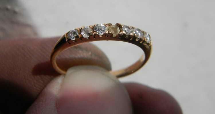 потерять обручальное кольцо приметы женщине