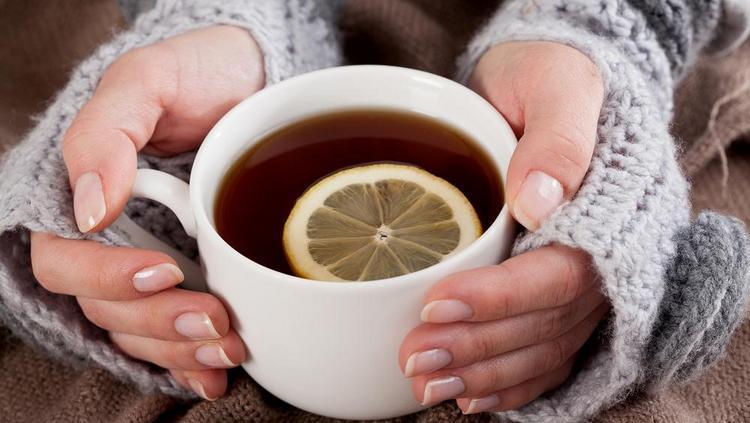 Крепкий черный чай скорее принесет вред, нежели пользу.