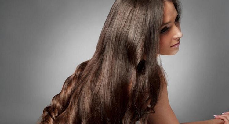 Польза черонго тмина для женщин заключается и в том, что он улучшает состояние волос и кожи.