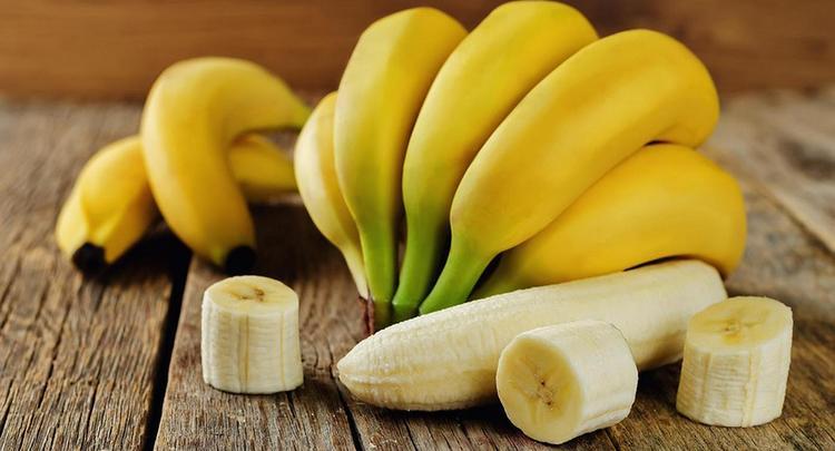 Есть бананы лучше в первой половине дня.