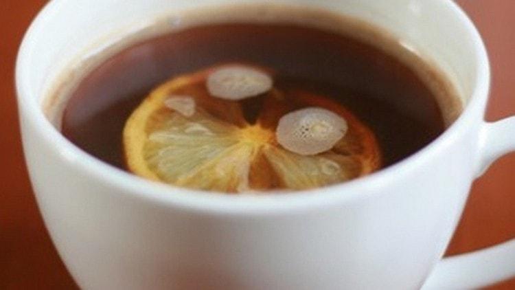 Узнайте о пользе и вреде кофе с лимоном.