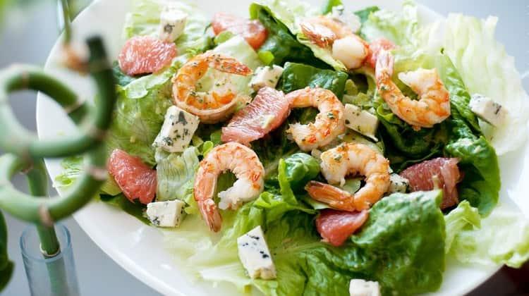 Креветки используют для приготовления самых разных блюд.