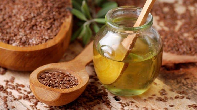 Узнайте о пользе и вреде льняного масла для мужчин.