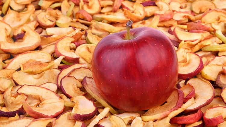 Сушеные яблоки: свойства, польза и вред для здоровья