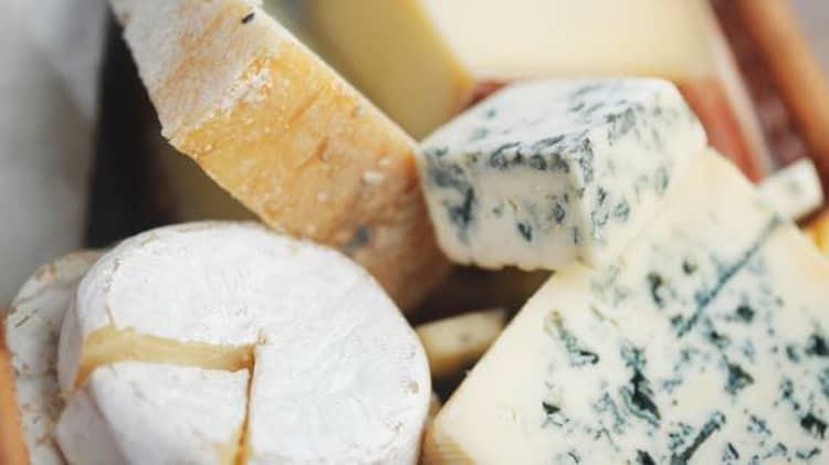 польза и вред сыра с голубой плесенью
