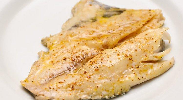 Нежным получается филе тилапии в духовке.