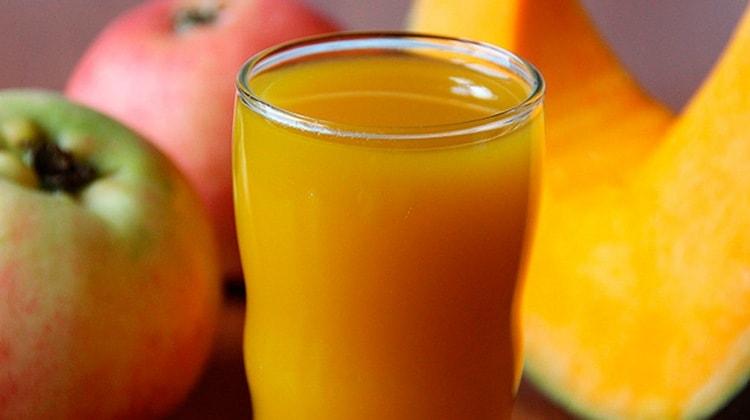 Известна и польза тыквенно-яблочного сока.