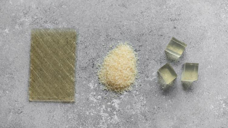 В принципе не имеет значения, какой продукт вы выберите: листовой или порошковый.