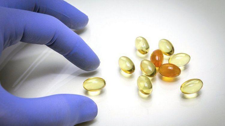 Многим людям в лечебных целях больше нравится употреблять желатин в капсулах.