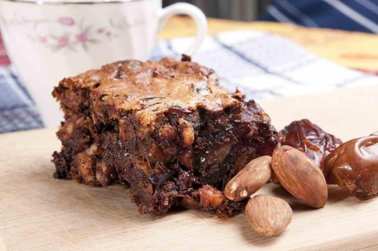 Финиковый пирог без сахара