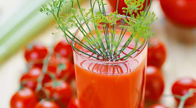 Томатный сок: польза и вред для здоровья