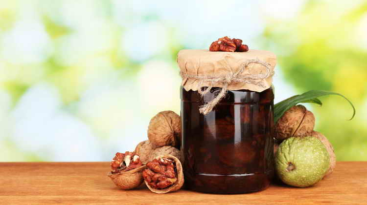 варенье из грецких орехов польза и вред